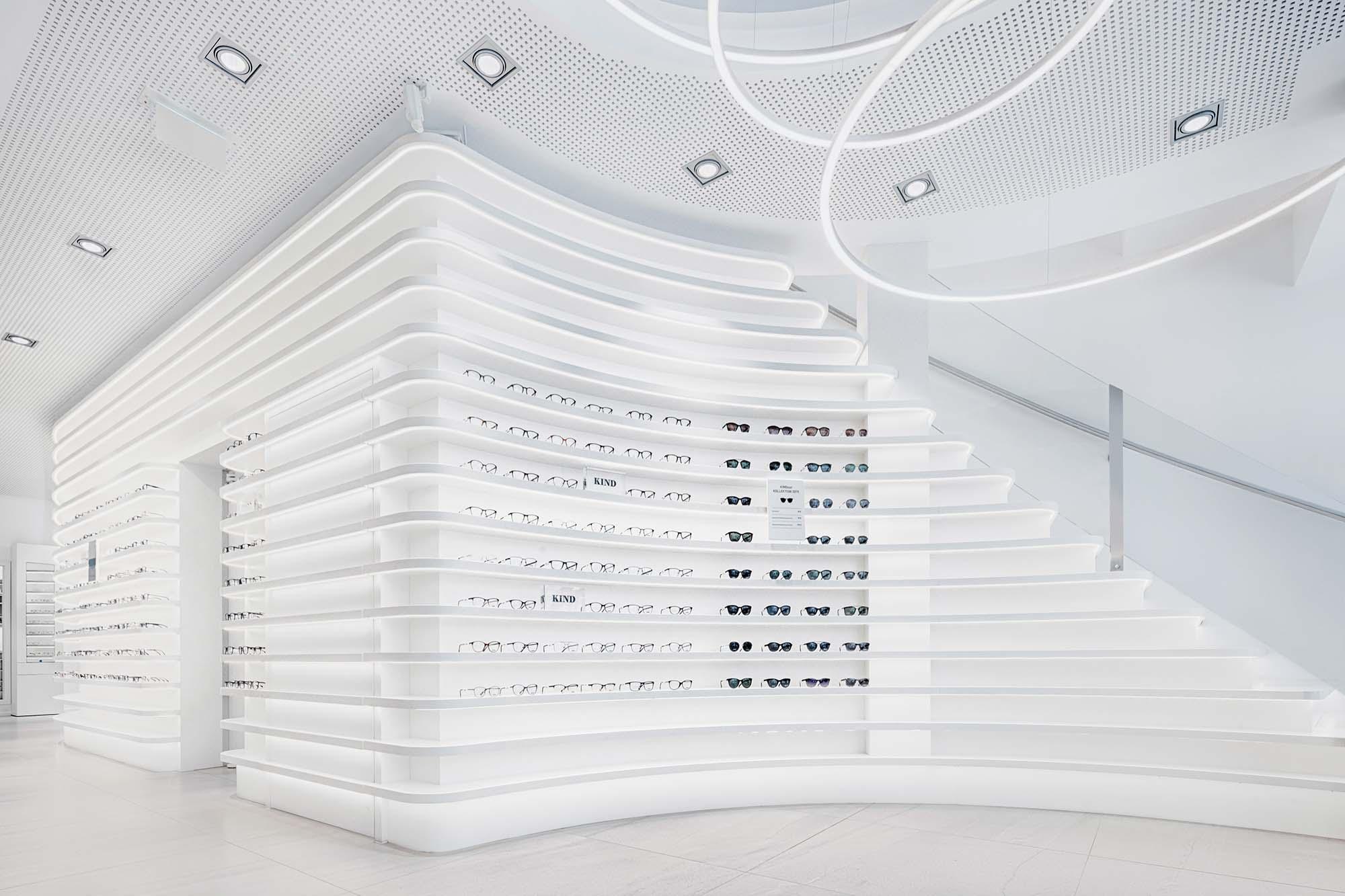 hochwertige innenraum fotografie eines brillengesch#ftes in hannover